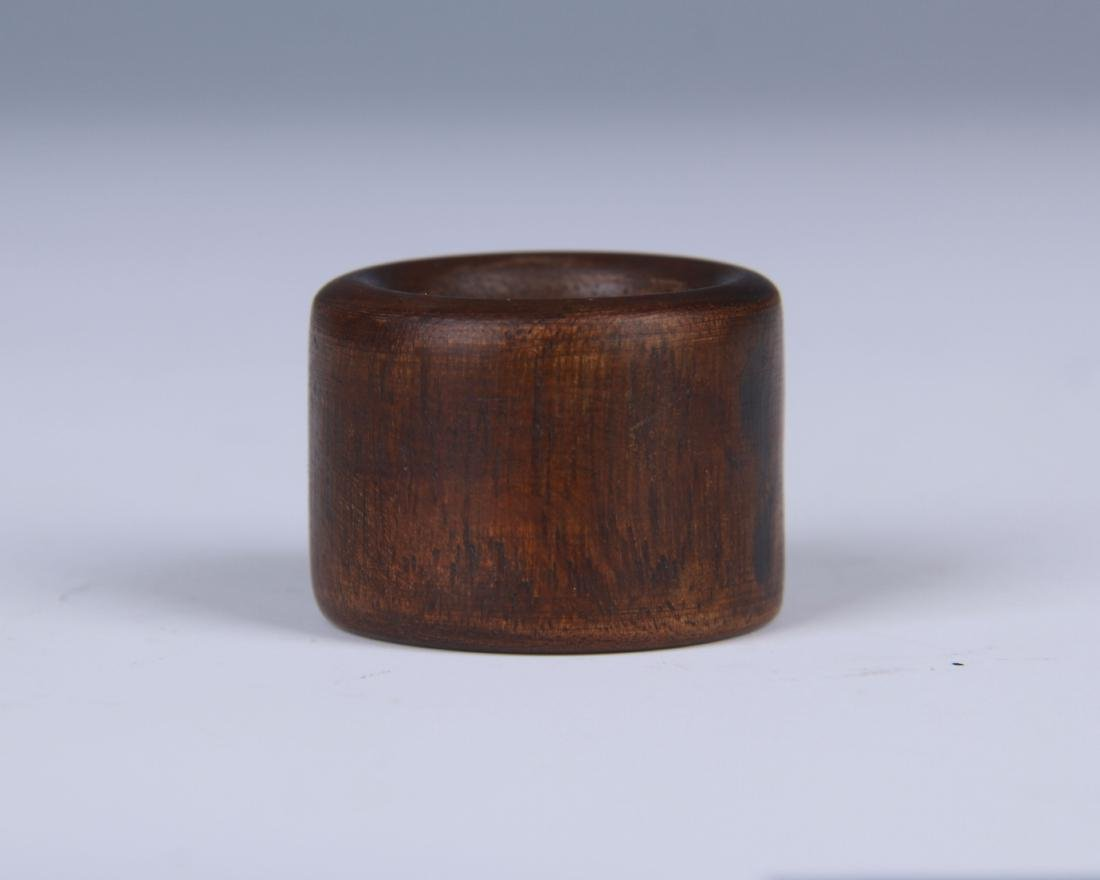 CHINESE CHENXIANG WOOD THUMB RING WITH TIN BOX - 2