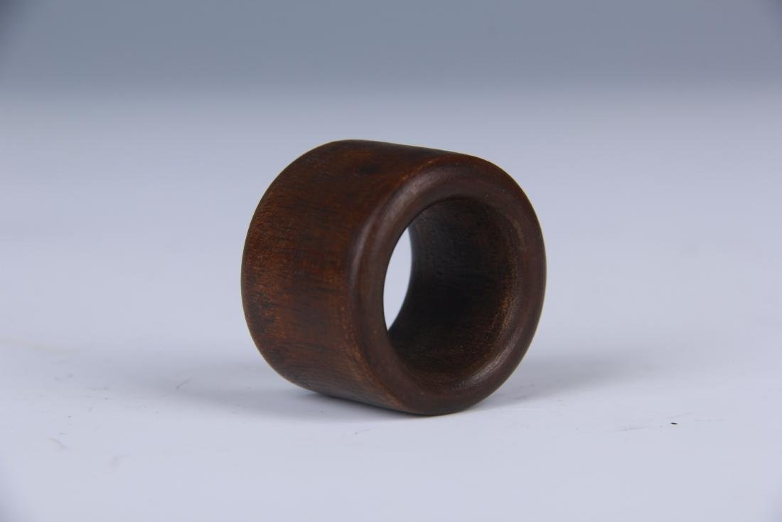 CHINESE CHENXIANG WOOD THUMB RING WITH TIN BOX - 3