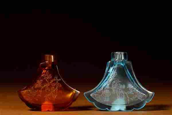 PAIR OF 'BIRD & FLOWER' PEKING GLASS SNUFF BOTTLES