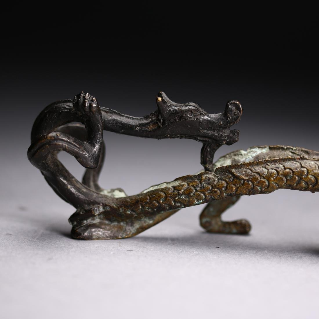 "A Chinese gilt bronze ""Two Dragon "" Head, Warring State - 4"