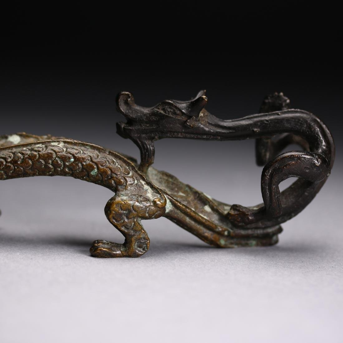 "A Chinese gilt bronze ""Two Dragon "" Head, Warring State - 6"