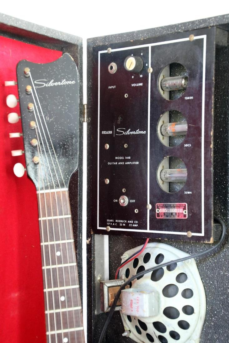 SILVERTONE GUITAR WITH AMP CASE - 7