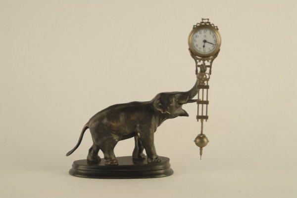 1012: An Elephant Mystery Swinger Clock,