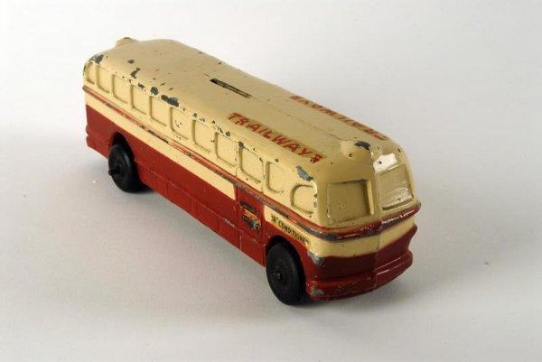 1608: Trailways Bus Bank, metal early 1950s model