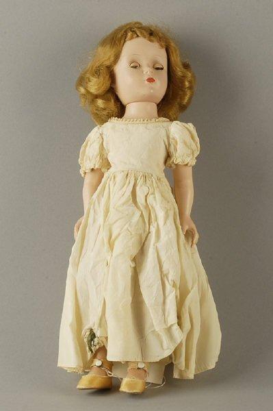"""1622: Madame Alexander Doll: """"Wendy Bride"""""""