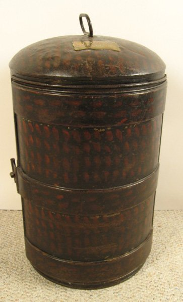9: Old Tole Military Box