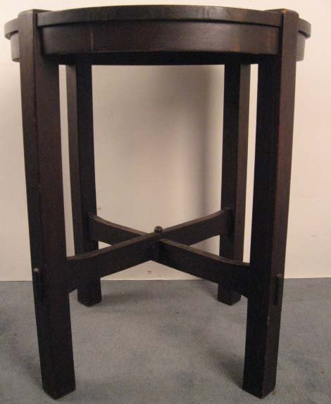 1002: A Stickley Lamp Table,