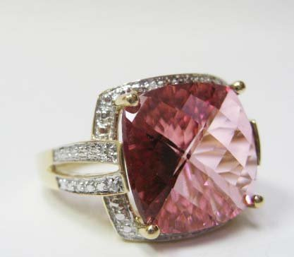 2305: 14k Yellow Gold Pink Topaz/Diamond Ring