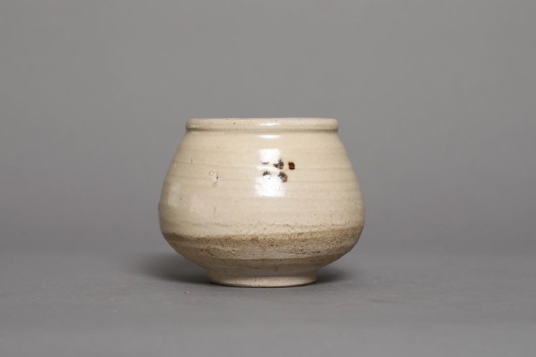 CIZHOU KILN STIPPLING JAR