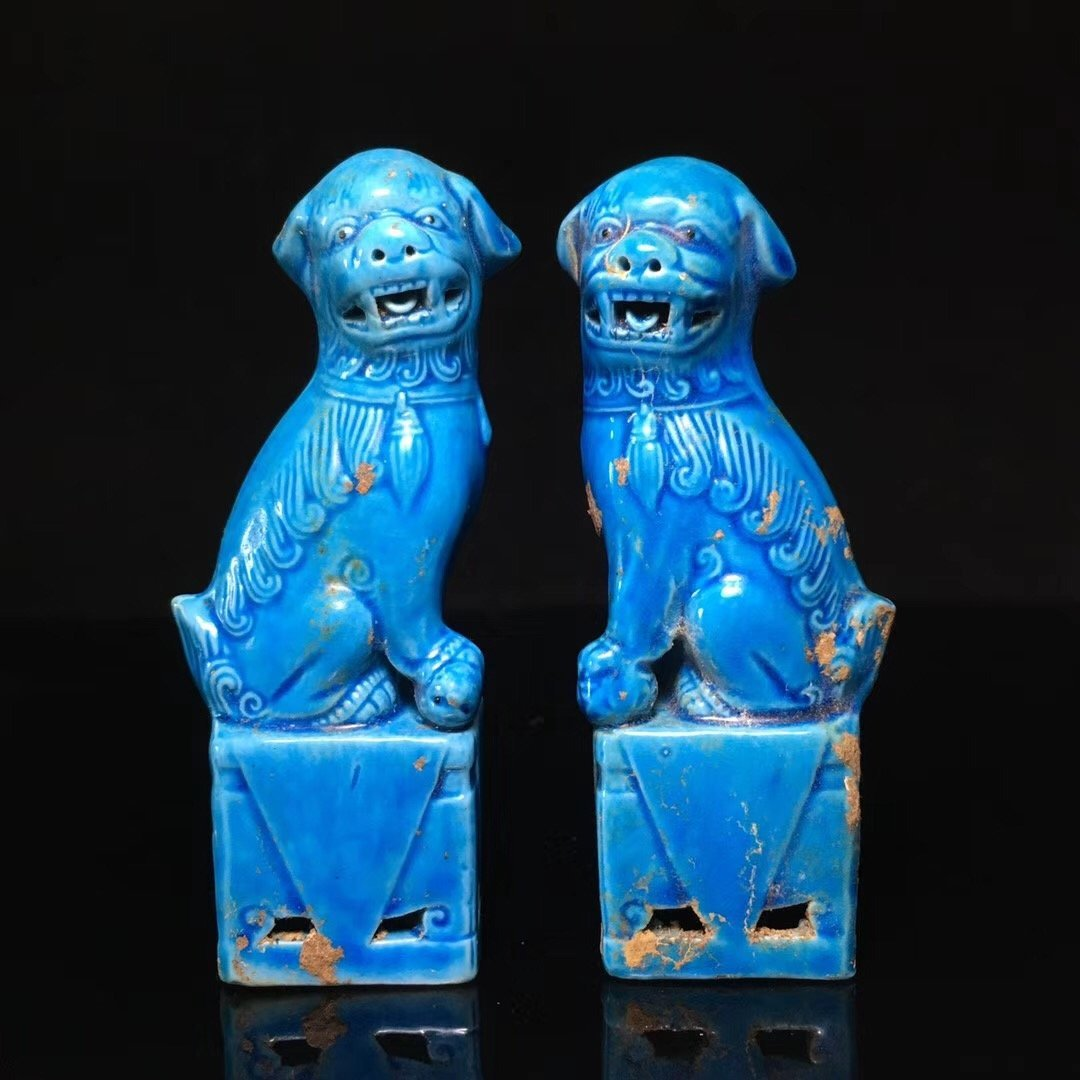 BLUE GLAZED LION DECORATION PORCELAIN (PAIR)