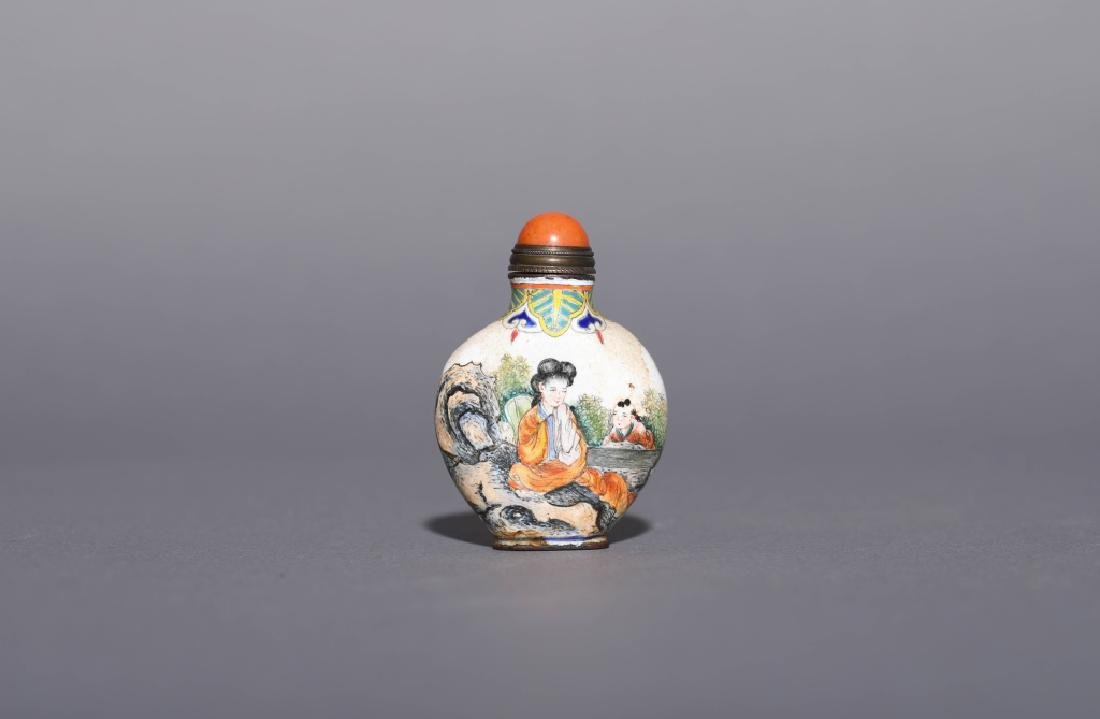 COLOR ENAMEL SNUFF BOTTLE