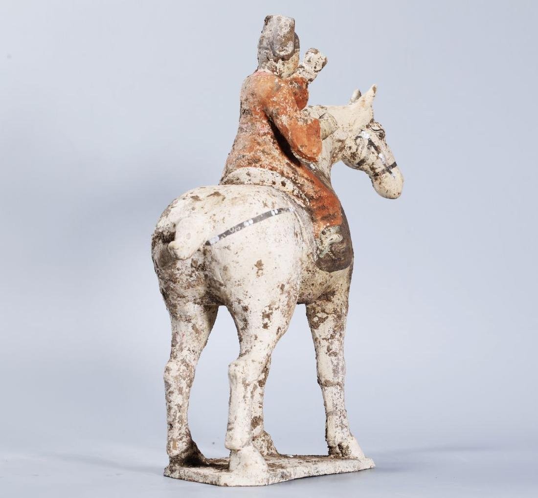 WHITE POTTERY PATINTED POTTERY RIDING HORSE - 5