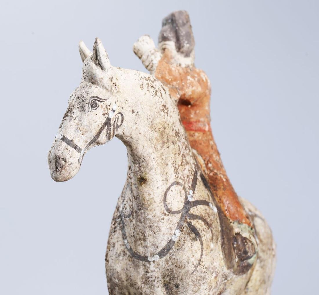 WHITE POTTERY PATINTED POTTERY RIDING HORSE - 6