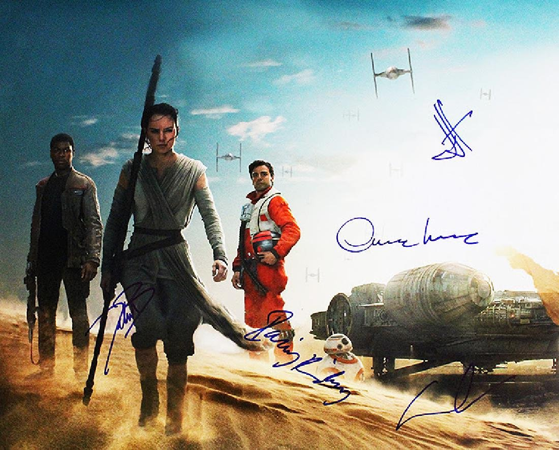 """""""STAR WARS: The Force Awakens"""" Cast signed 16x20 Photo"""