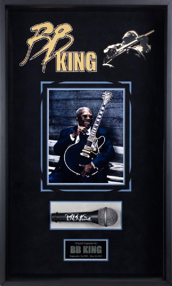 BB King Autgraphed Microphone