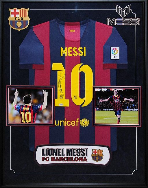 new arrival ad3b6 05b7c Lionel Messi Signed Barcelona Jersey