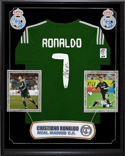 size 40 c34fa 3b369 Cristiano Ronaldo Signed Real Madrid Jersey