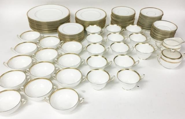 103 Piece Royal Worcester Viceroy Dinner Service