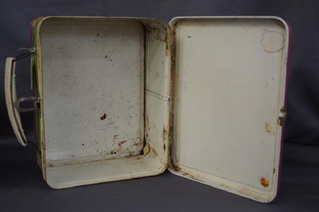 School Bus & snow white lunchbox - 12