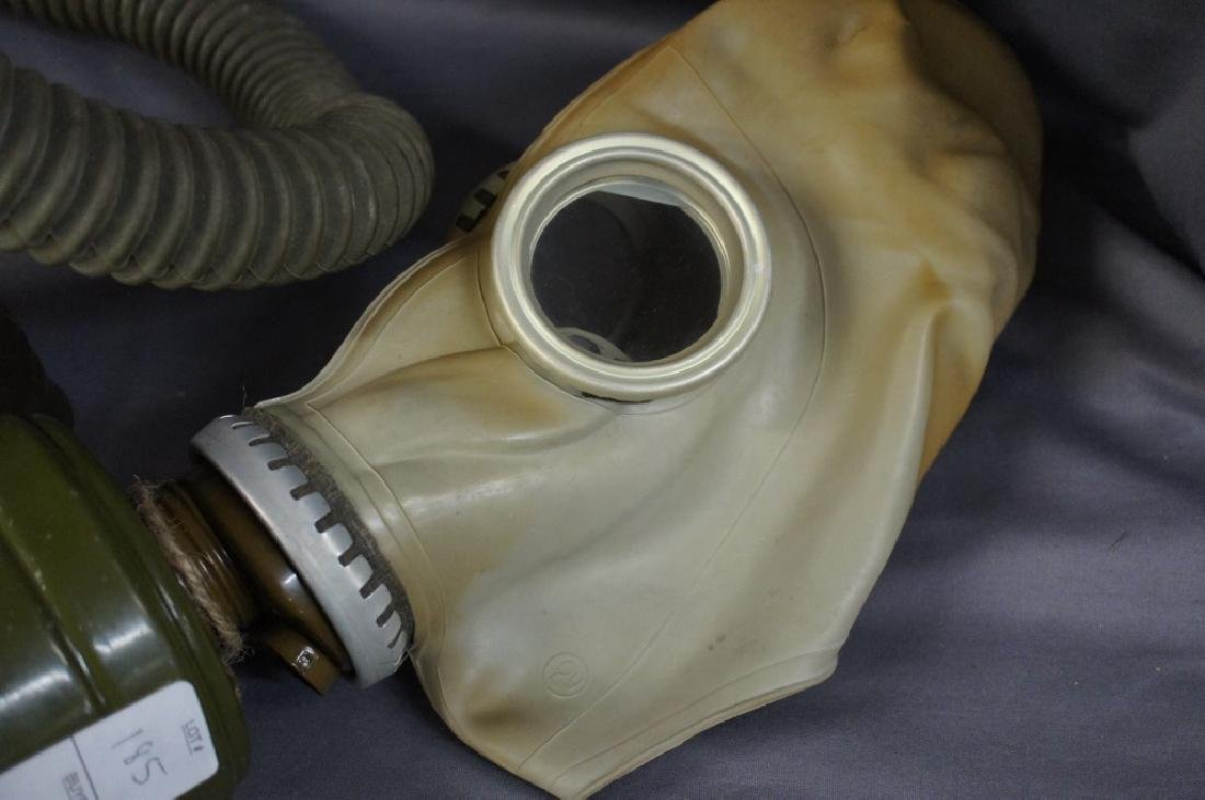 Vintage military gas mask with air tube - 2