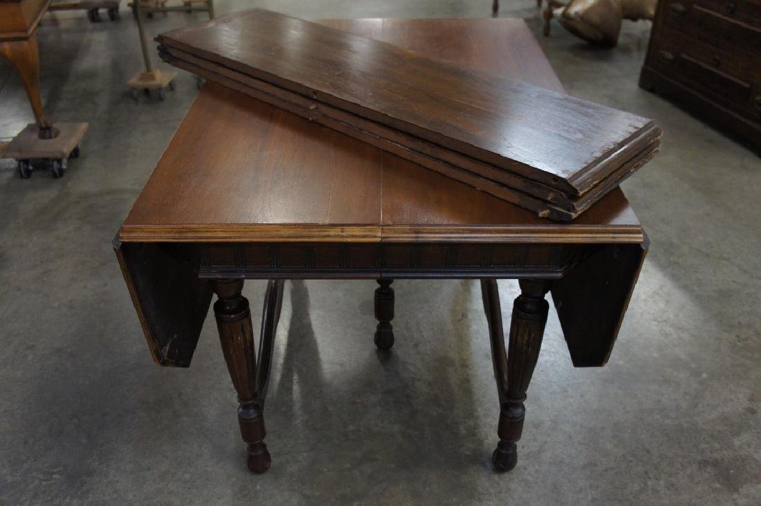 Antique drop lead table with 3 leaves - 3