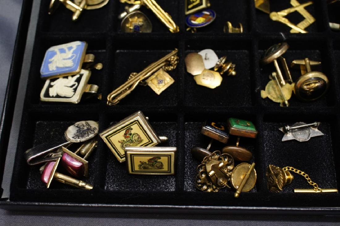 Tray of Military Pins And Masonic Pins / cufflinks - 4