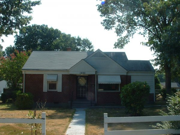 121: Memphis, TN 2 BR Investment House