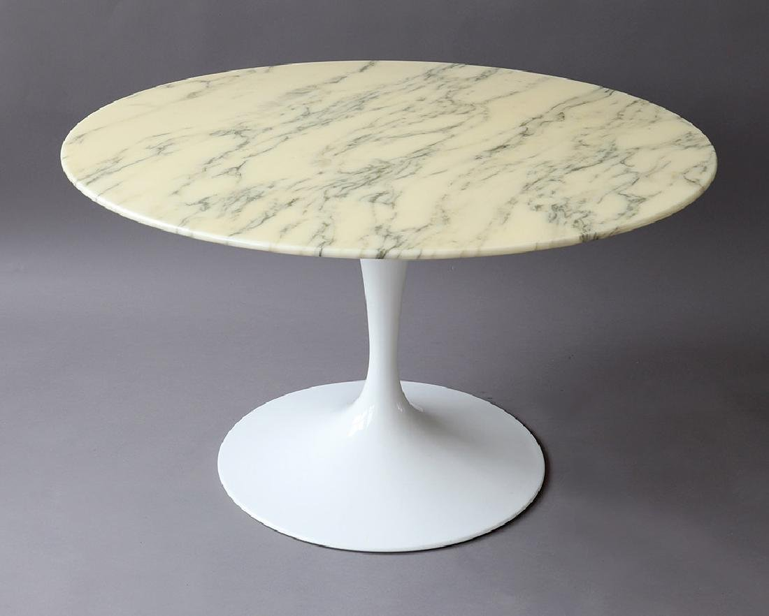 Eero Saarinen, Knoll International, Beistelltisch Tulip