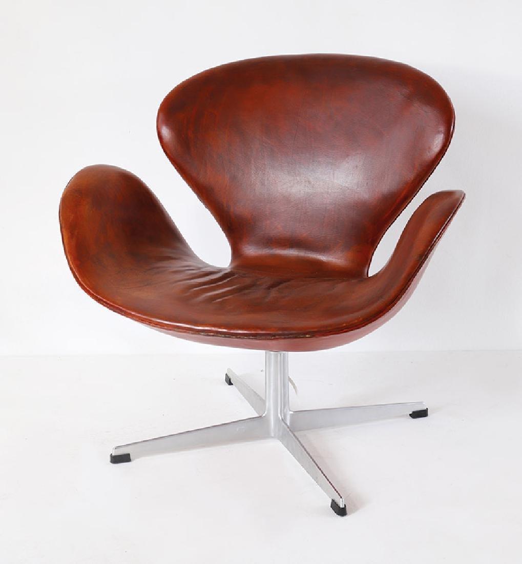 Arne Jacobsen, Fritz Hansen, Sessel Mod. 3320 Schwan