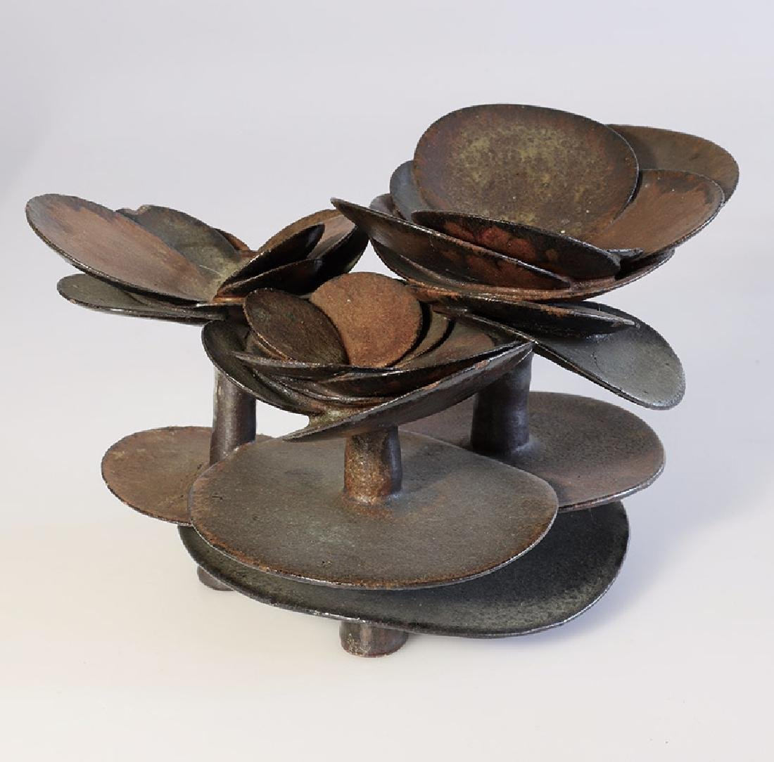 Beate Kuhn, object from the three-part 'Radialgruppe'