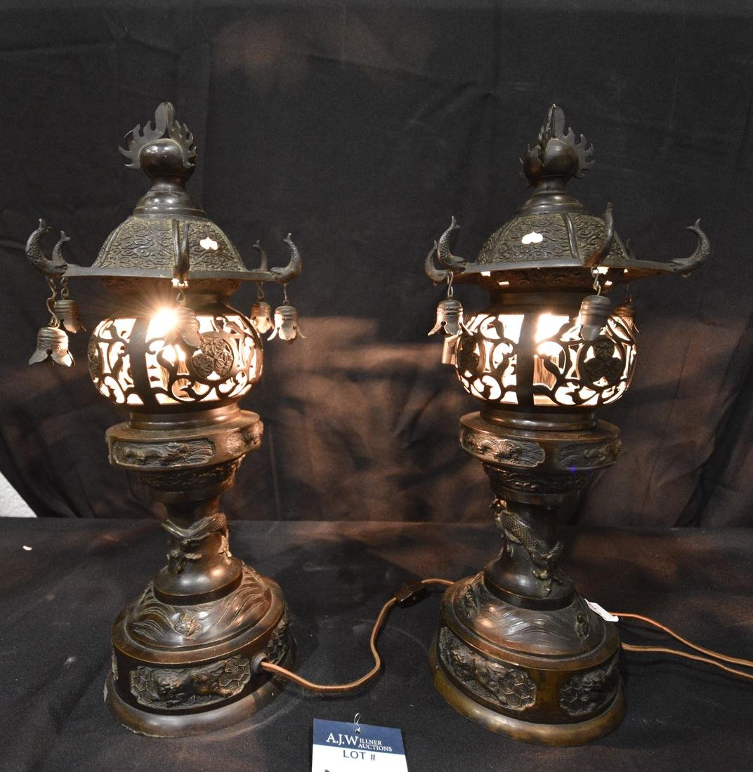 Pair of Japanese Bronze Table Lamps - 2