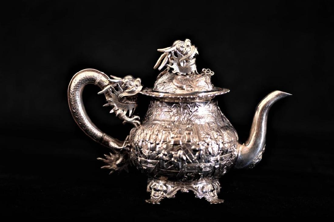 Chinese silver export 3 piece tea set decorated in - 2