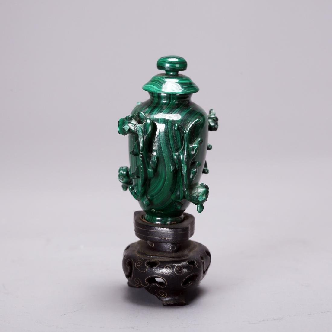 CHINESE CARVED MELACHITE SNUFF BOTTLE - 2