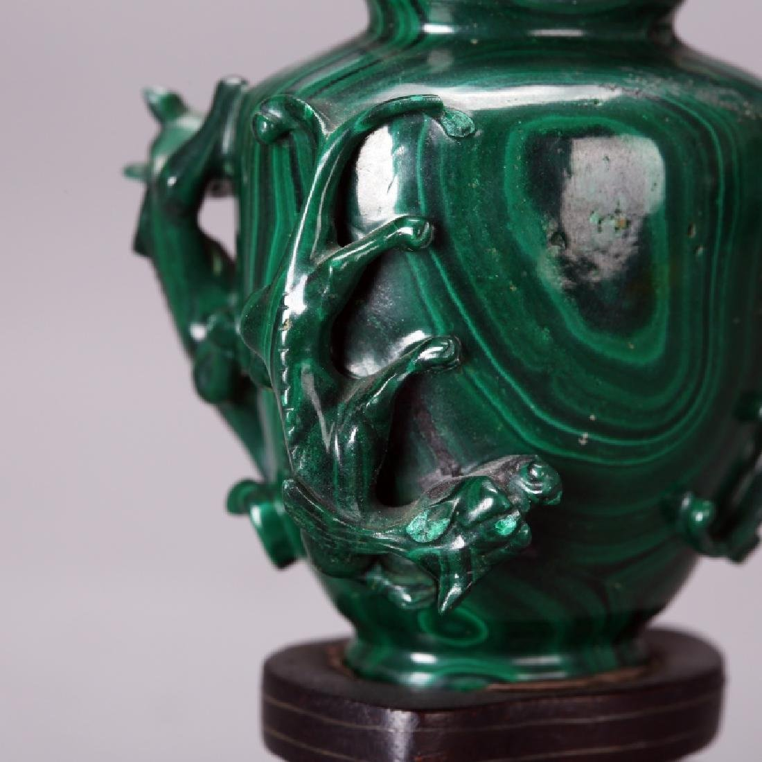CHINESE CARVED MELACHITE SNUFF BOTTLE - 7