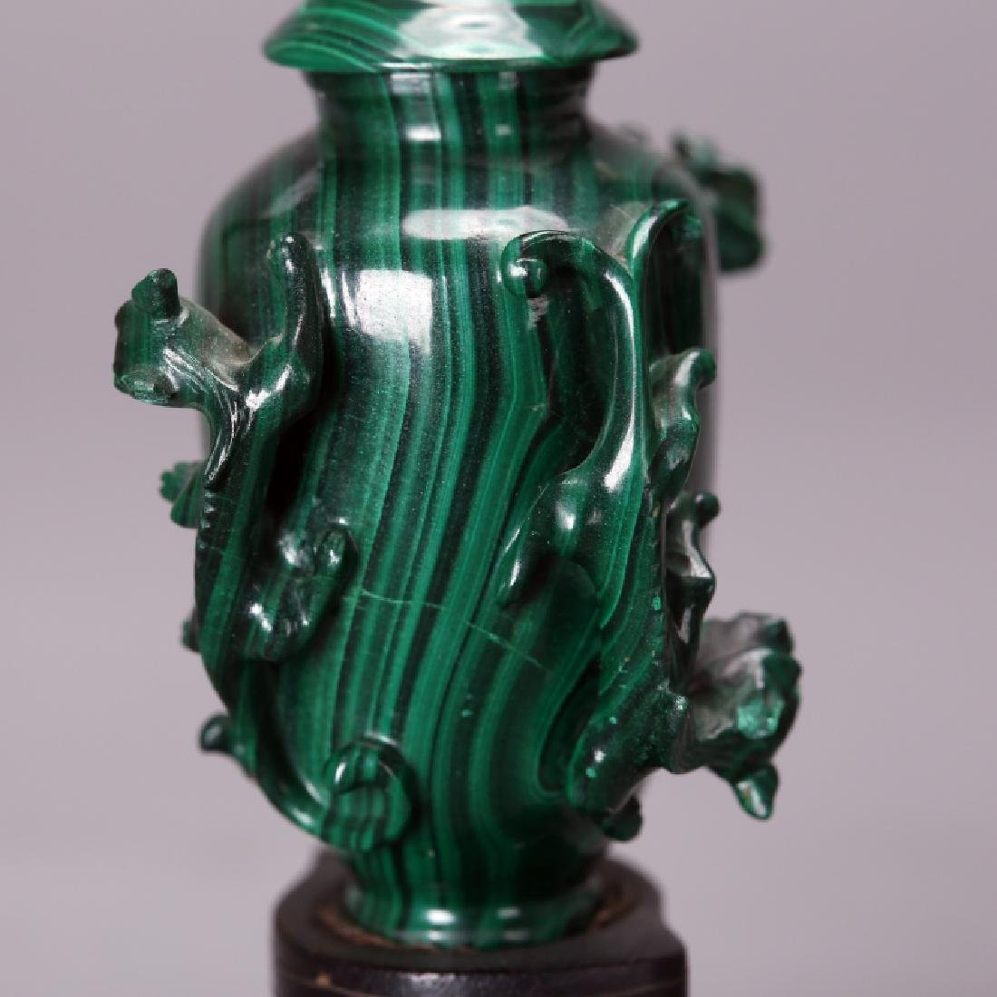 CHINESE CARVED MELACHITE SNUFF BOTTLE - 8