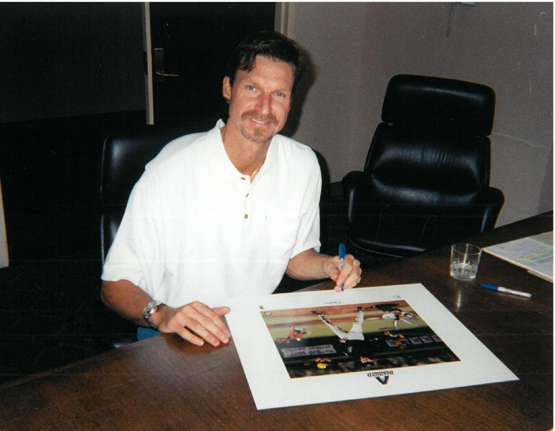 Signed Randy Johnson Warner Bros LE & Matted Lithograph - 3