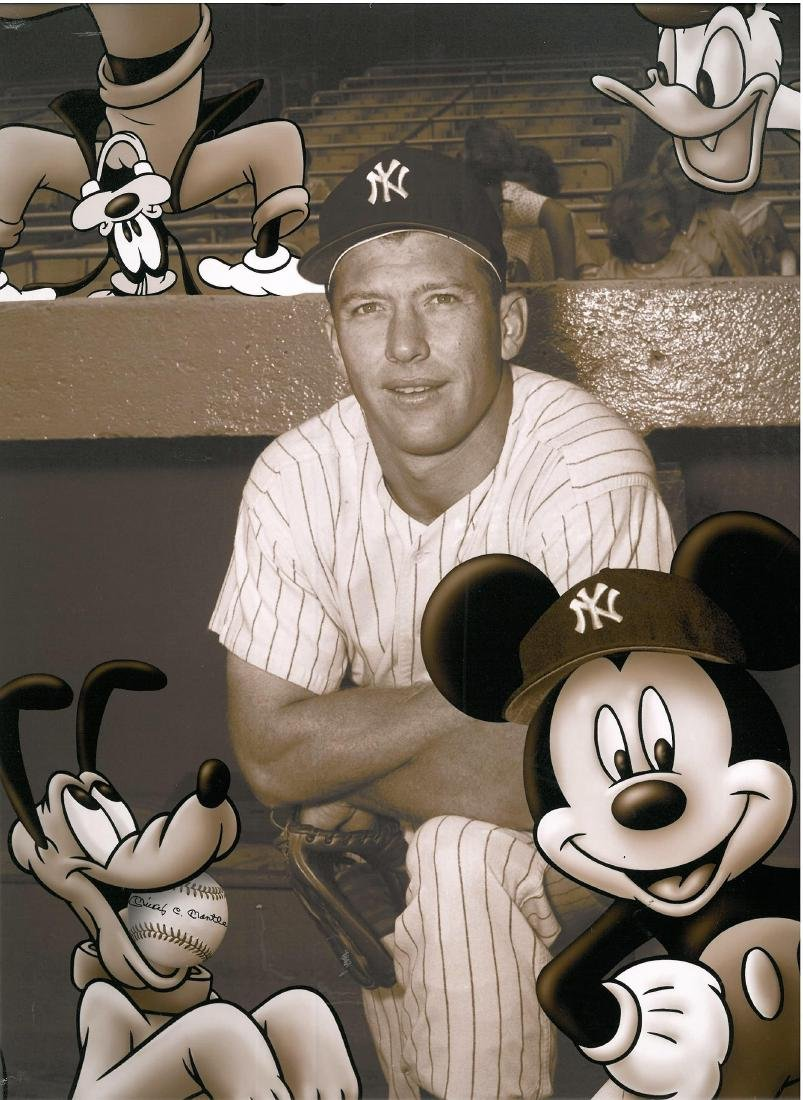 Disney/MLB - Mickey Mouse & Mickey Mantle Fuji Crystal - 3