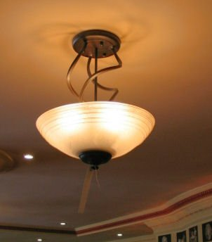 14: ELECTRIC CEILING LIGHT GLASS FROSTED SHADE