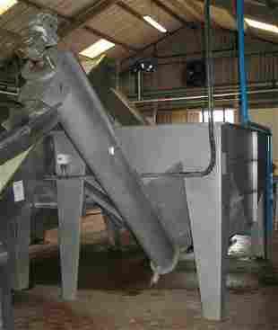 20: Dodman Stainless steel holding tank hopper