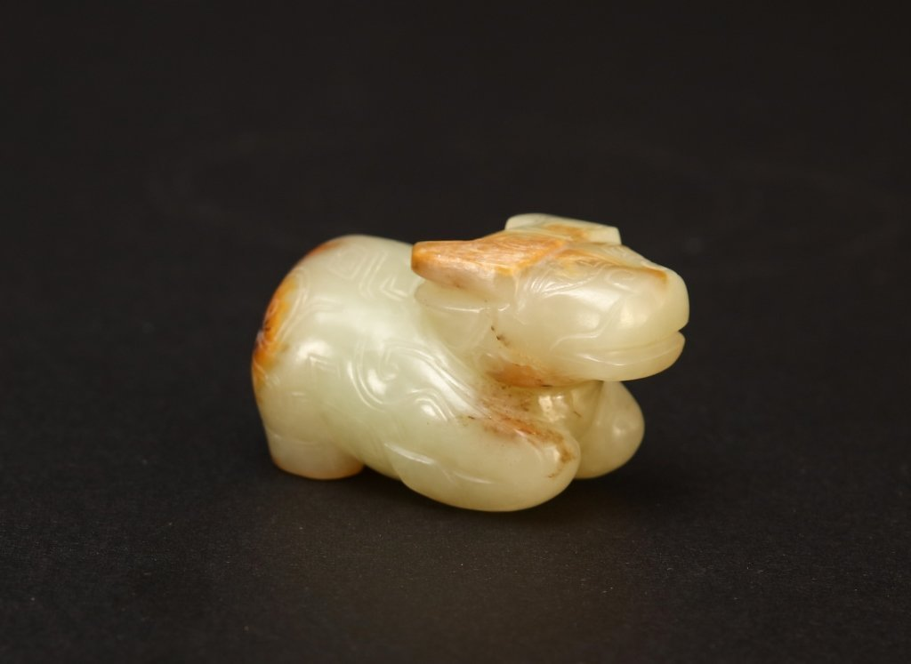CHINESE ARCHAIC JADE CARVED CATTLE