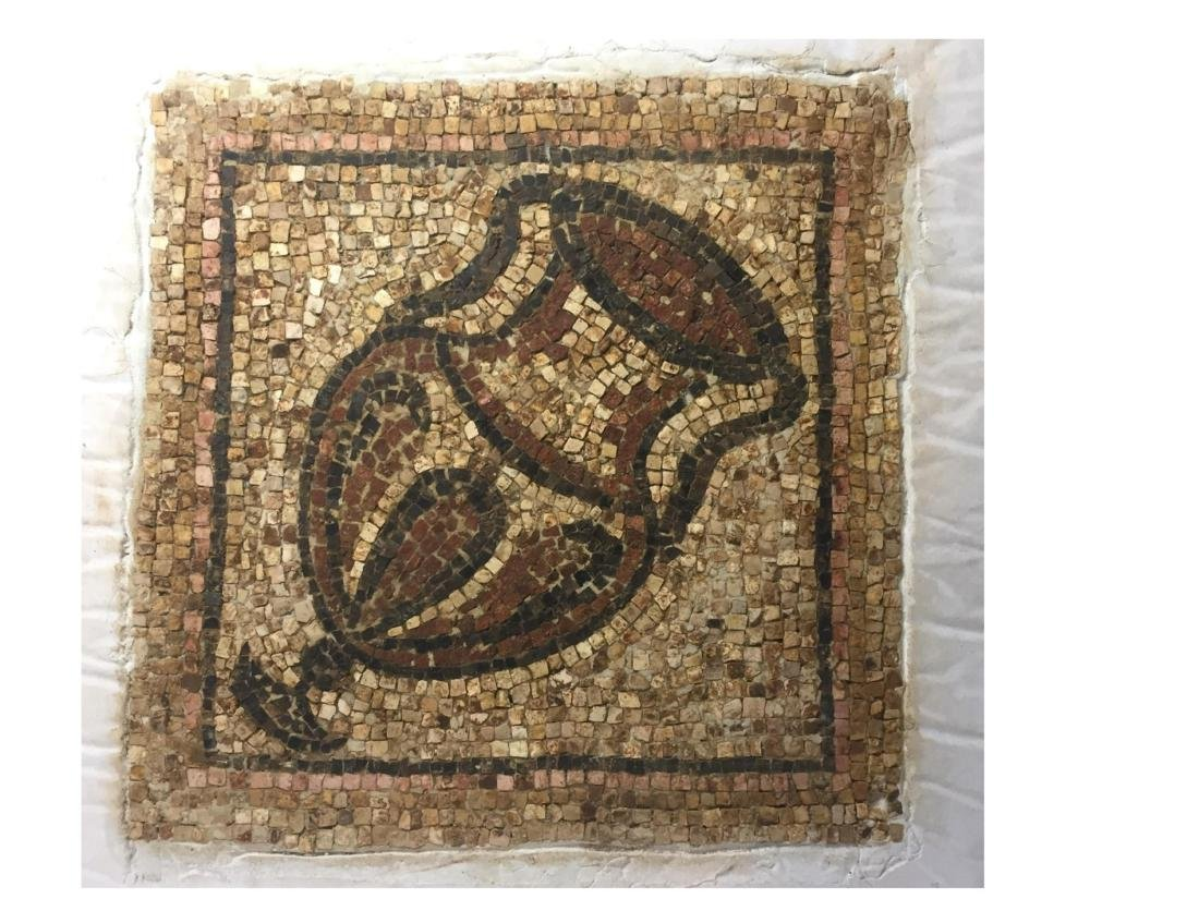 ANCIENT ROMAN EMPIRE MOSAIC FRAGMENT