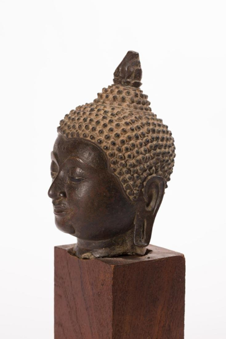 A LARGE BRONZE HEAD OF BUDDHA, AYUTTHAYA PERIOD - 3