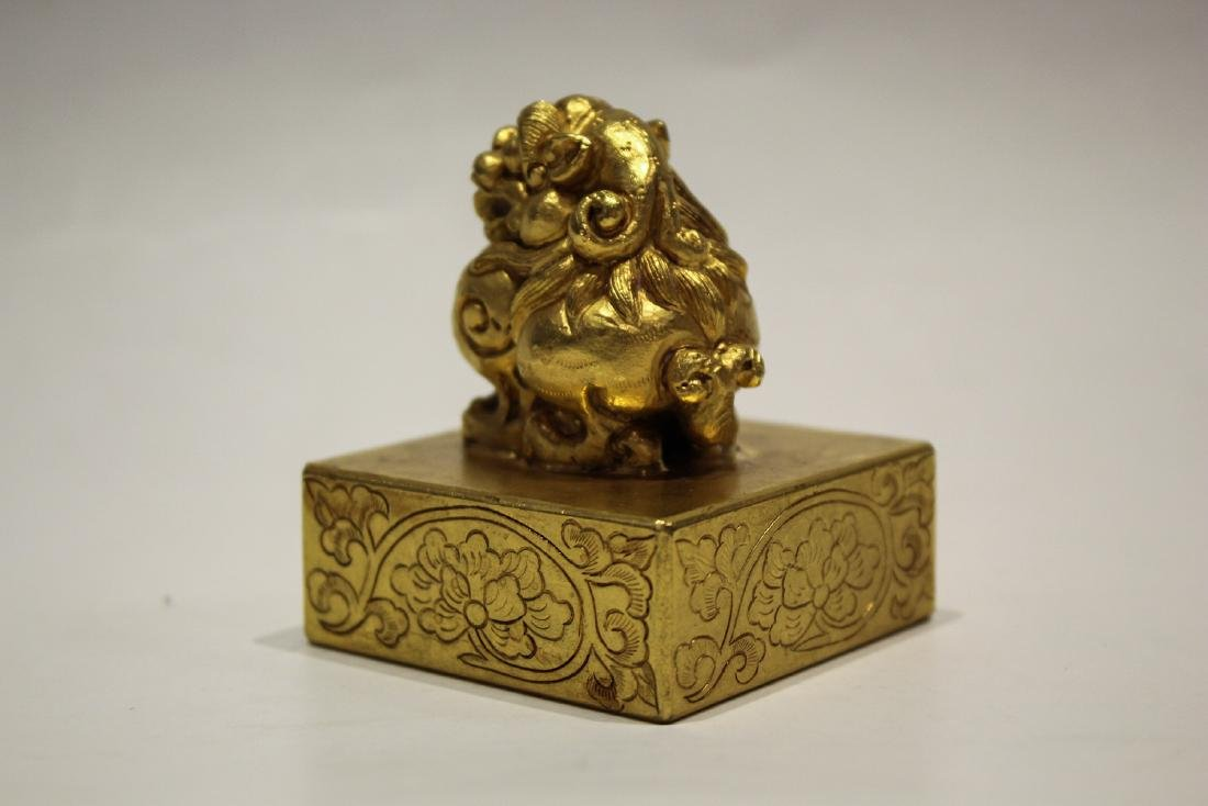CHINESE GILT BRONZE FOOLION SEAL - 3