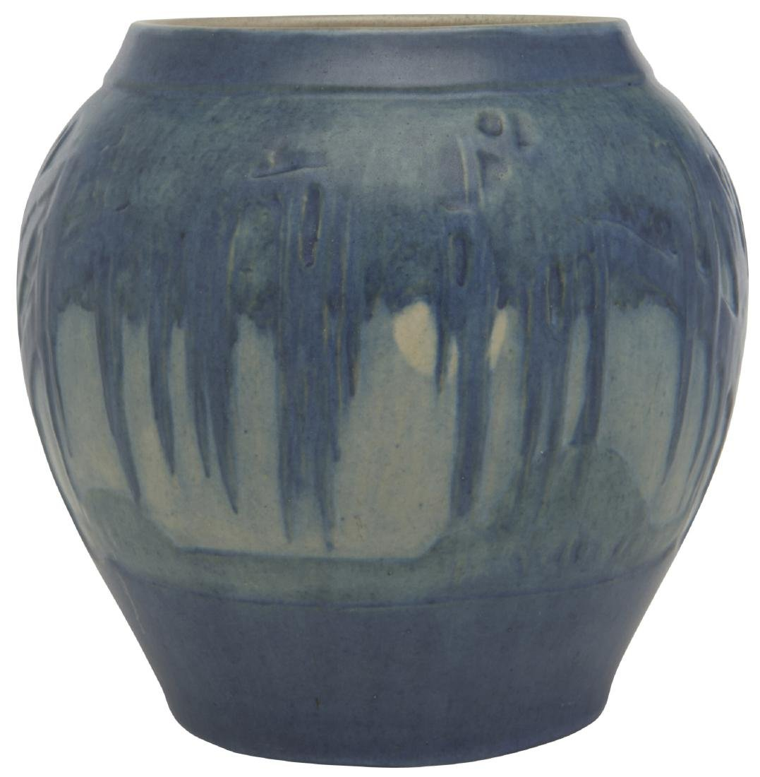 Jonathan Hunt for Newcomb College vase