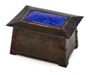 Arts and Crafts box