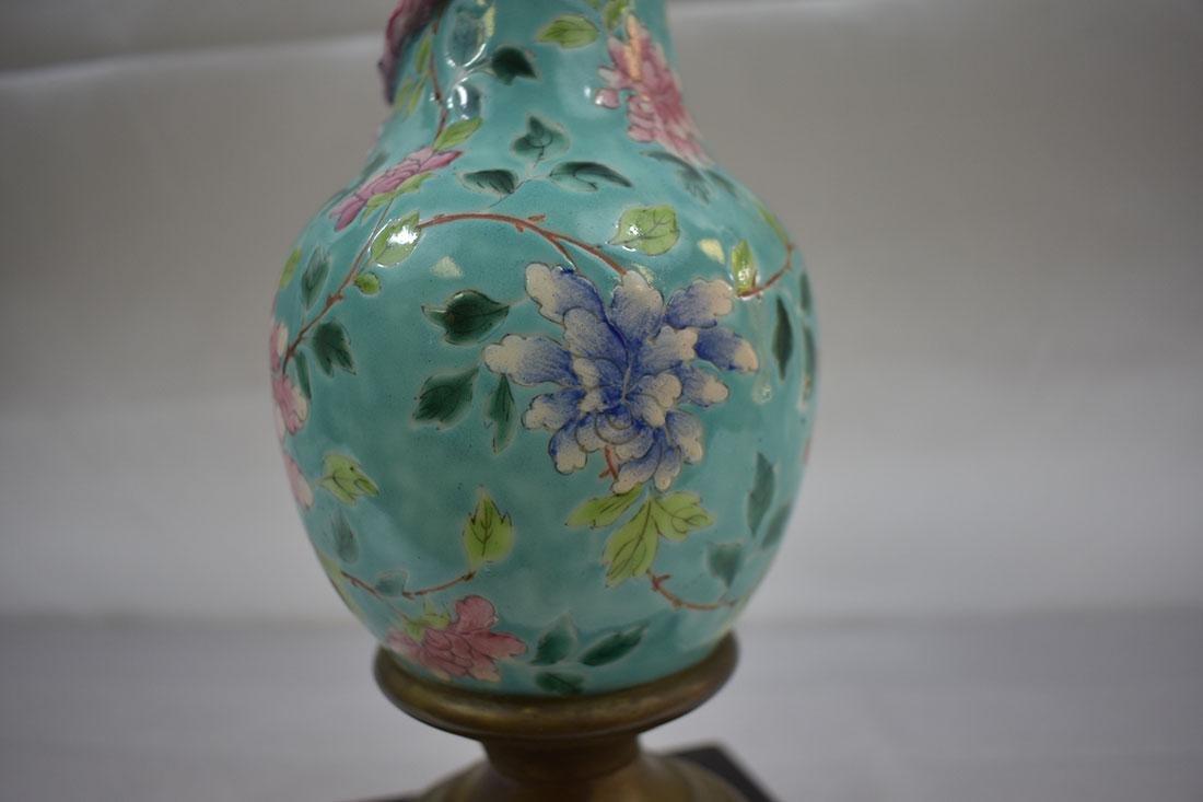 Antique Chinese Porcelain Vase Lamp - 7