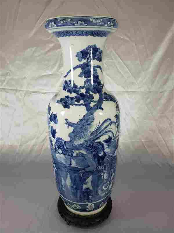 Fine Lg Antique Chinese Blue & White Vase 19C W/ BIrds