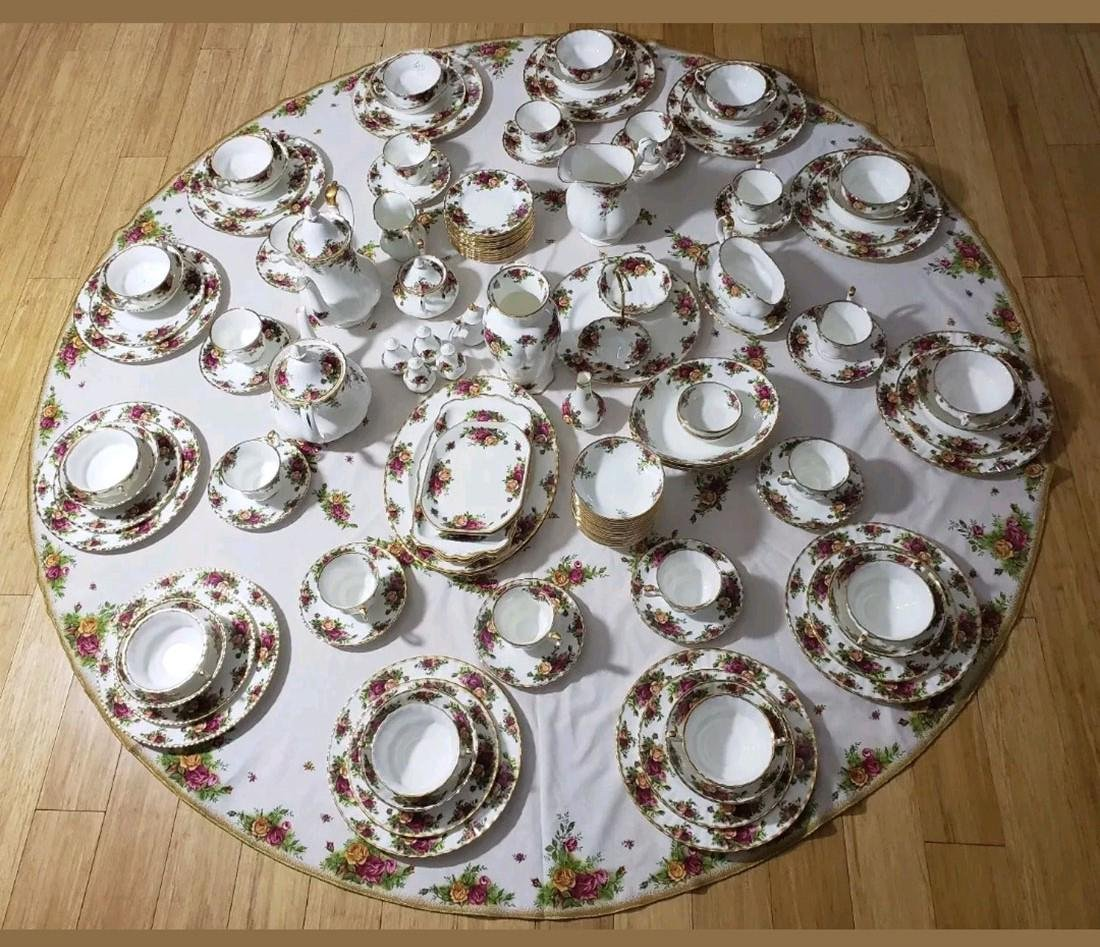 Large Svc For 12 Royal Albert Dishes