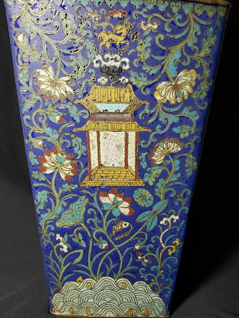 A Very Fine Chinese Enamel Cloisonne Vase Ming Period - 4