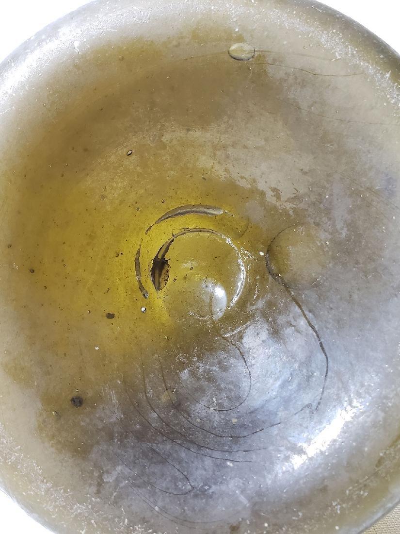 Fine Dutch Onion Olive Color Bottle 17th c Open Pontil - 10